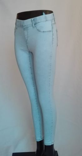 Jegging /Pantalón Denim tono blanco NEW